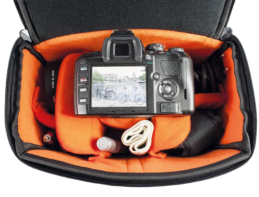 Kameratasche von Doerr in orange