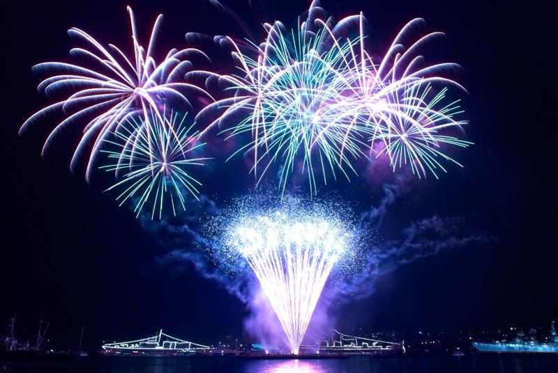 Feuerwerk Foto in lila