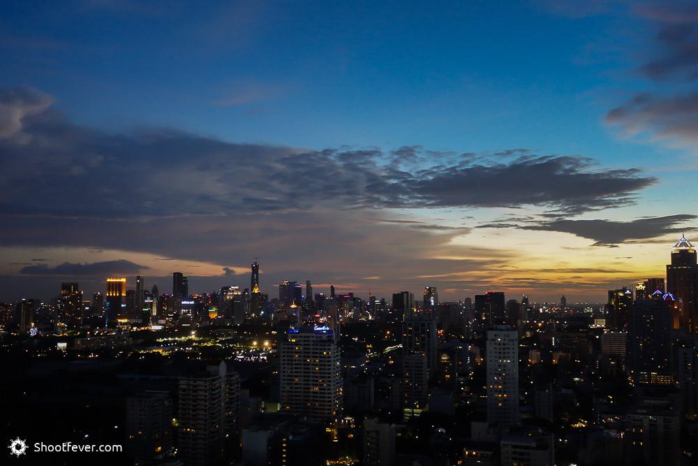 Blaue Stunde in Bangkok