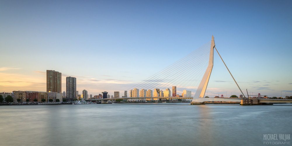 Skyline von Rotterdam in Abendsonne