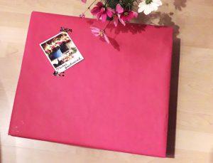 DIY-Geschenkanhänger mit Foto im Polaroid-Stil
