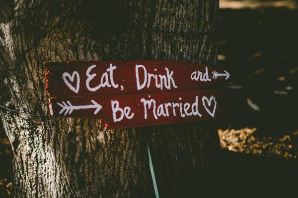 Hochzeitsreportage Hinweisschild