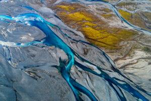 Drohnenaufnahme Flussbett in Island